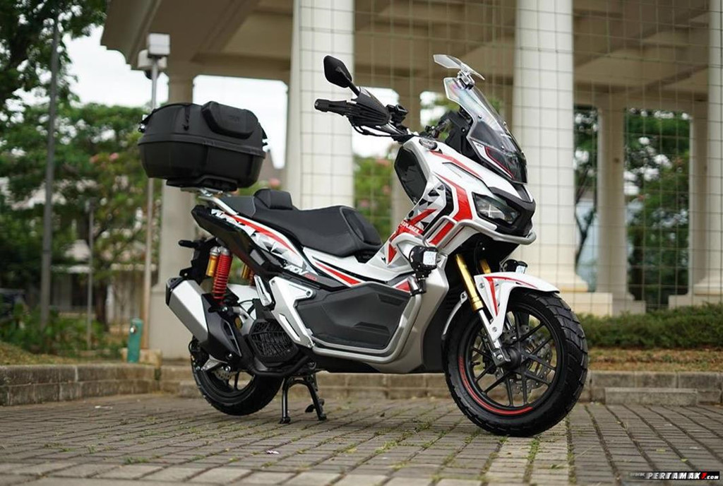 Honda ADV 150 độ phong cách Explorer
